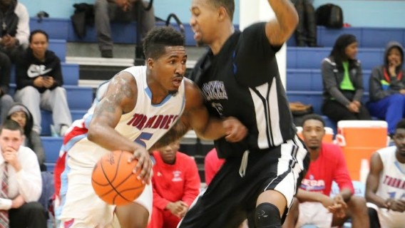 Photo for TORNADOES LOSE 18-POINT LEAD AND FALL TO CUMBERLANDS (KY.), 82-80