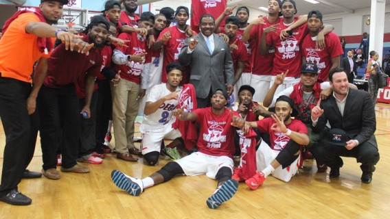 Photo for Washington Lifts Tornadoes Past Warriors, 63-61 (First Round NAIA National Tourn.)