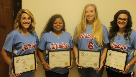 Photo for 4 Softball Student-Athletes Honored by NFCA